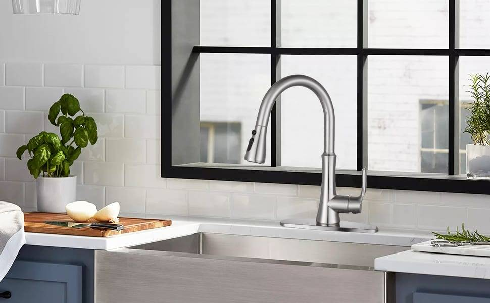 WOWOW Kitchen Sink Faucets Pull Down Brushed Nickel