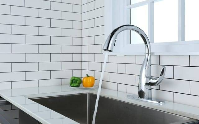 how to install a kitchen faucet with sprayer
